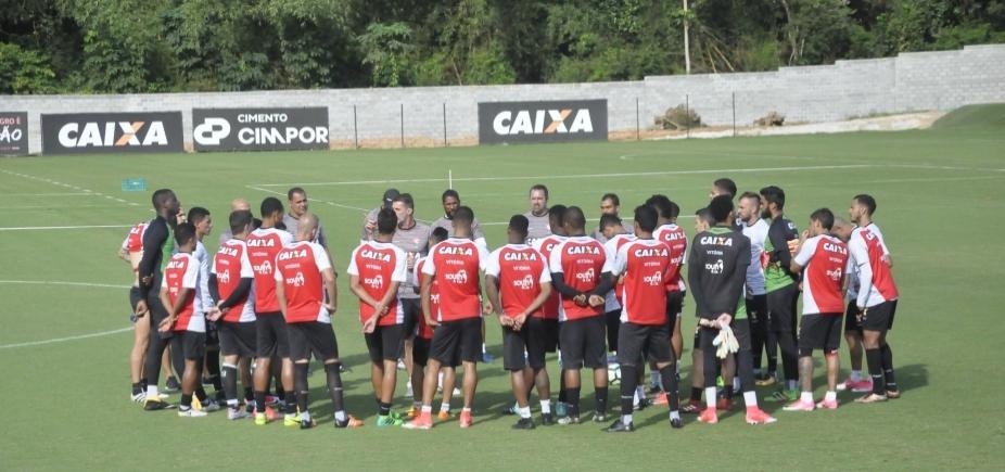 Mancini tem dúvidas para escalar defesa do Vitória contra o Botafogo