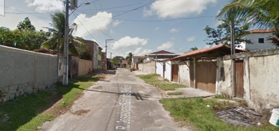 Casal é morto após ter casa invadida por grupo em Lauro de Freitas
