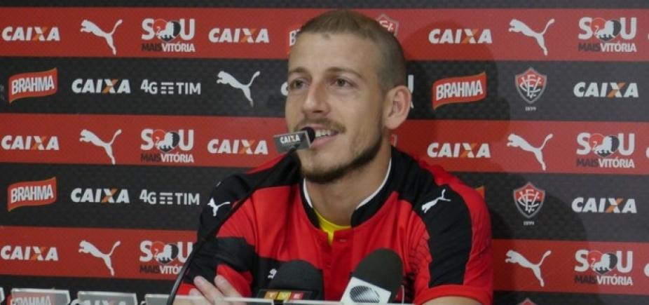 """""""Fomos coroados, não desistimos"""", diz Uillian após triunfo sobre Botafogo"""