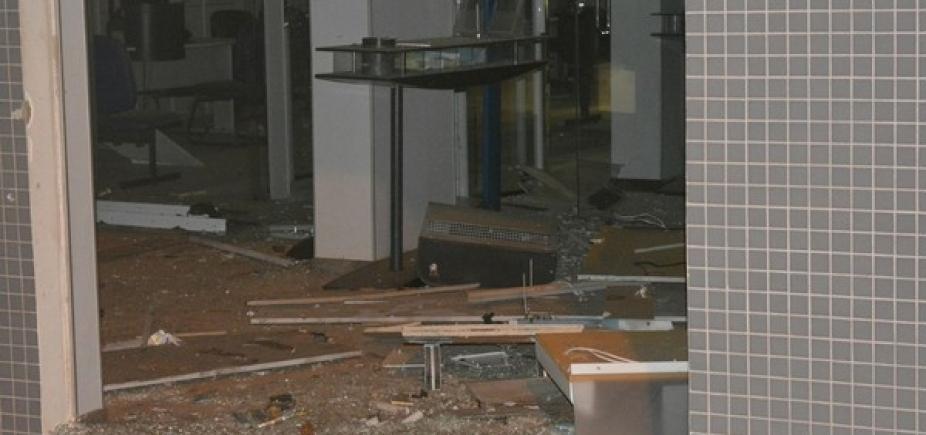 Jaguarari: grupo armado invade cidade e explode agência bancária