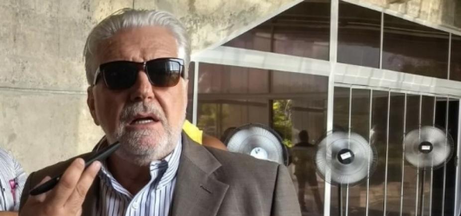 """Eleição sem Lula é """"saída artificial"""" e com Bolsonaro é """"saída excêntrica"""", diz Wagner"""