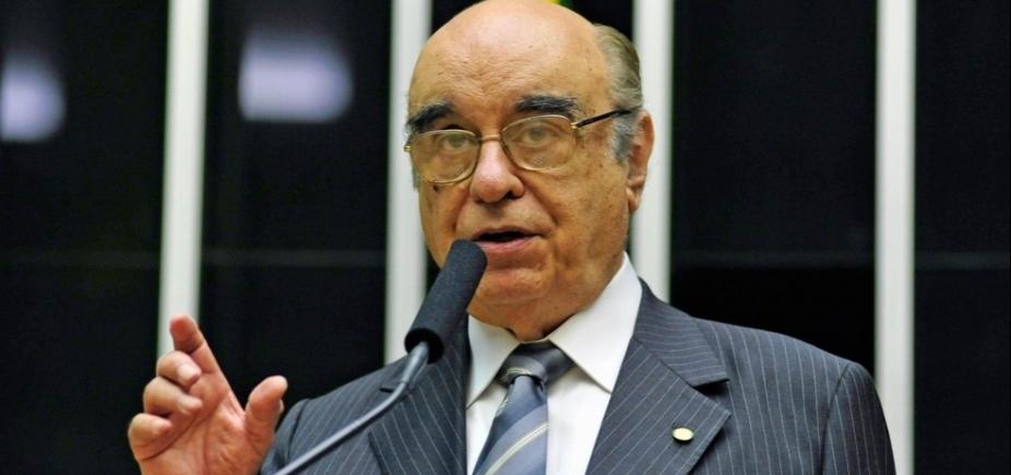 Escolha de tucano para relatar denúncia contra Temer gera polêmica na CCJ