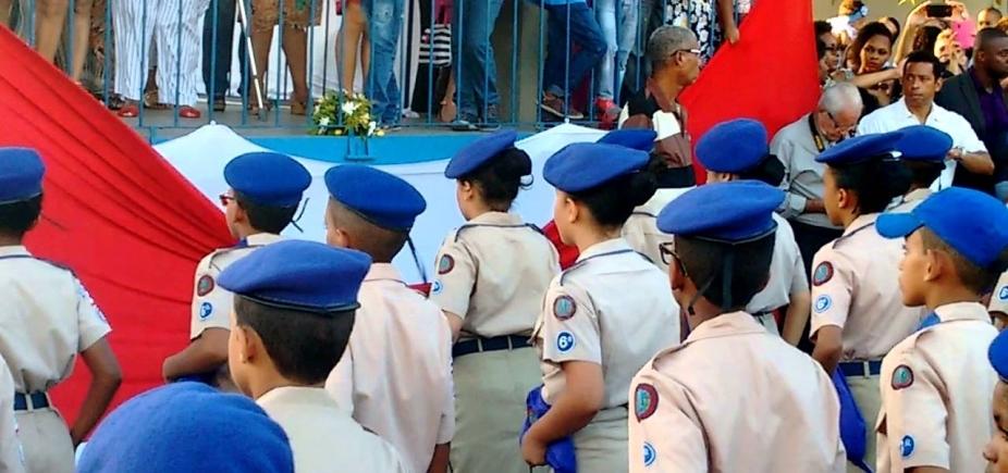 Unidade escolar de Cajazeiras vai se transformar em Colégio da Polícia Militar