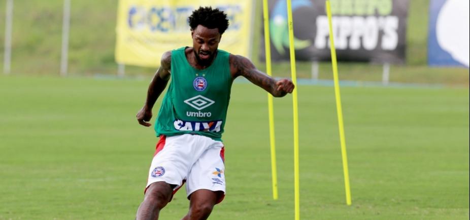 Renê Júnior volta a treinar e pode reforçar o Bahia contra o Palmeiras