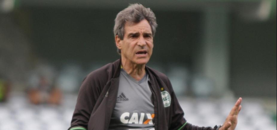 Paulo César Carpegiani é esperado para assinar contrato com o Bahia