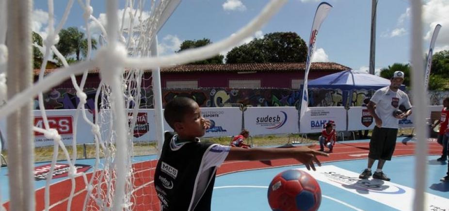Aulas de esportes são ofertadas gratuitamente em clubes sociais de Salvador; são mais de 200 vagas