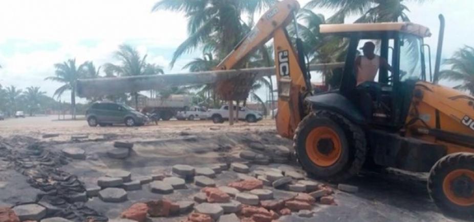 Água do mar invade casas e danifica praça no Sul da Bahia; erosão preocupa