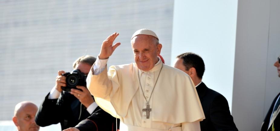 Em mensagem a brasileiros, papa Francisco diz que Nossa Senhora Aparecida abençoa desempregados