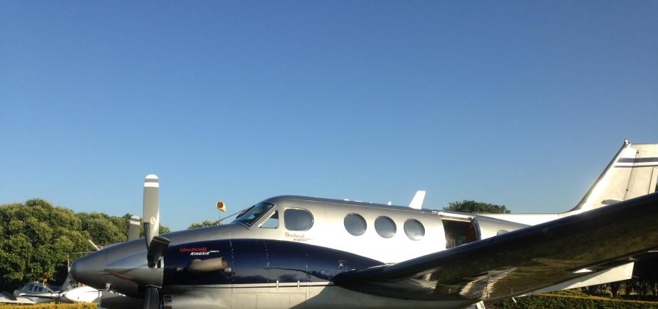 Avião bimotor com destino a Maceió faz pouso forçado em Porto Seguro após pane