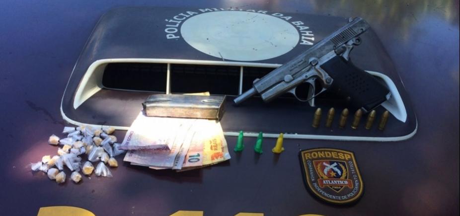 Policiais apreendem pistola argentina no Engenho Velho da Federação