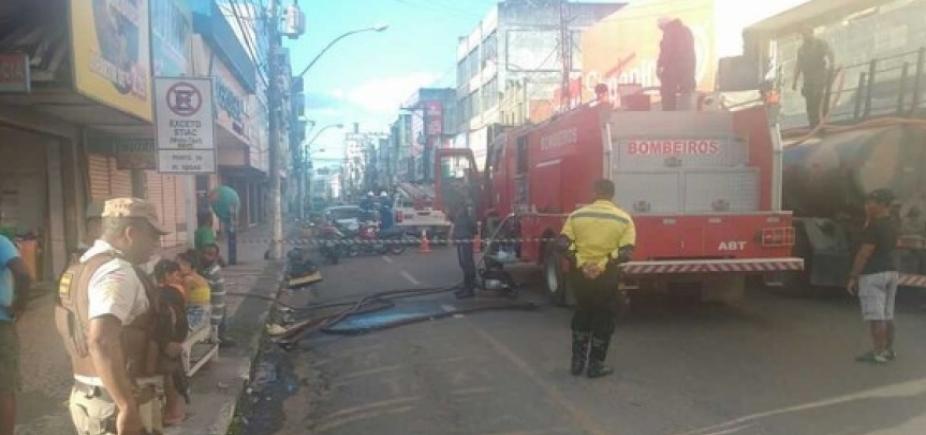 Incêndio deixa lojas parcialmente destruídas em Feira de Santana