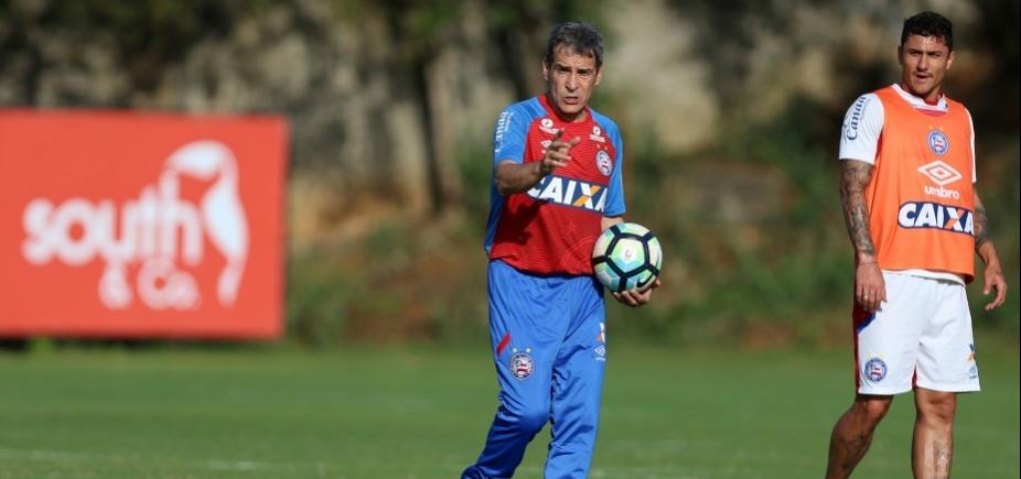 """Carpegiani destaca evolução do Bahia contra o Corinthians: """"Mérito é dos jogadores"""""""