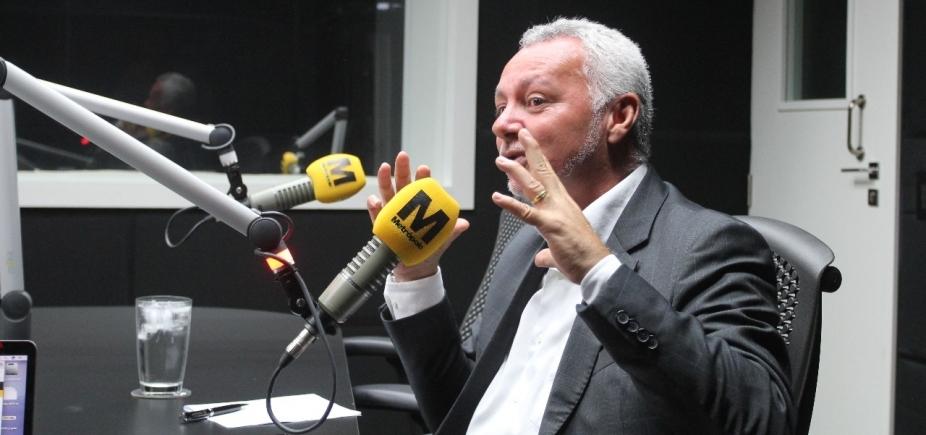 """Bobô compara trabalho no futebol e na política: """"Às vezes decepcionante"""""""