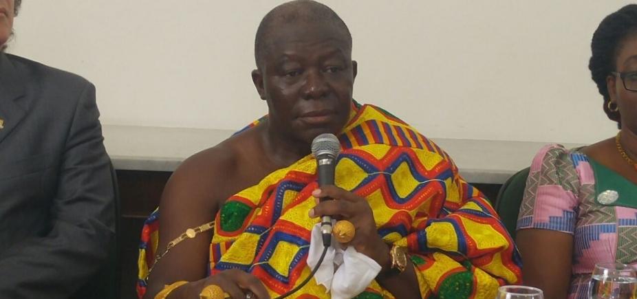 Rei africano no congresso da UFBA pode ajudar a contestar saberes acadêmicos, defende Olívia Santana