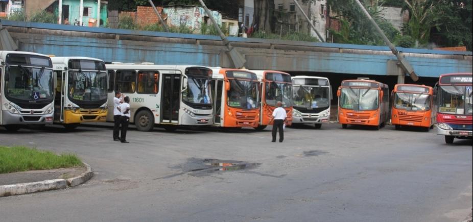 Sindicato diz que rodoviários não vão aceitar parcelamento do 13º salário