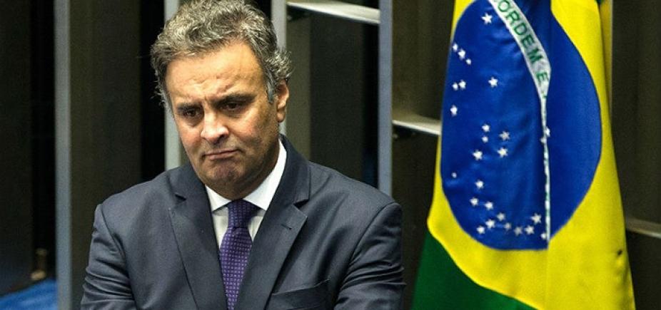 Senado decide devolver o mandato de Aécio Neves