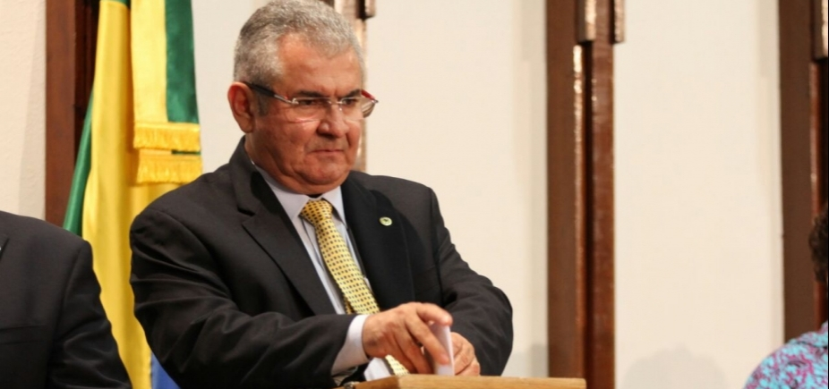 Alba aprova por unanimidade Plano de Cargos e Salários dos servidores