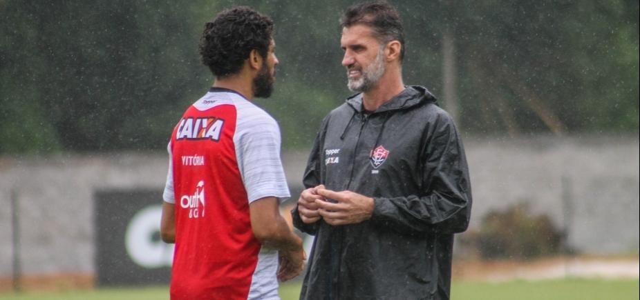 Mancini faz mistério sobre titulares e divulga relacionados para enfrentar o Atlético-PR