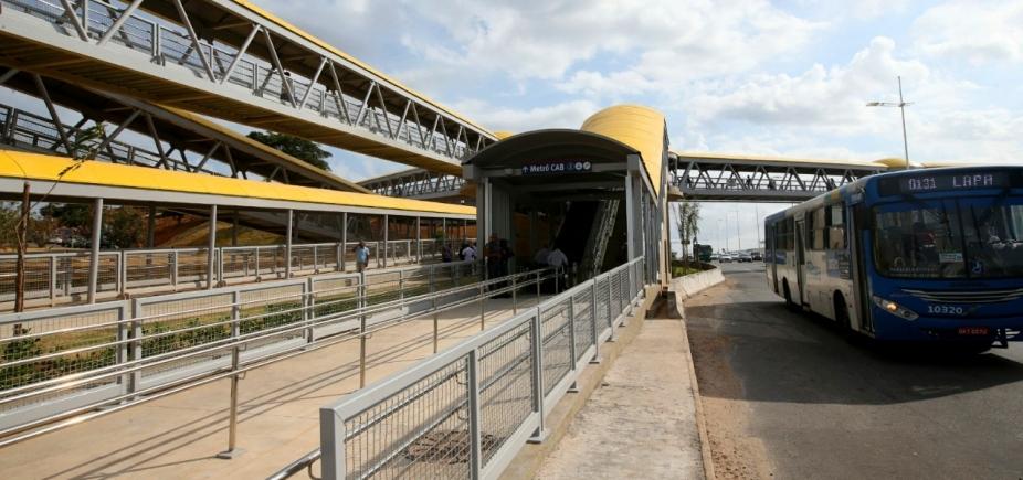 Governo entrega passarela da Estação CAB do Metrô