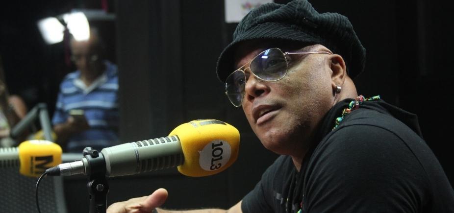 Pierre anuncia projeto que vai reunir sucessos do axé