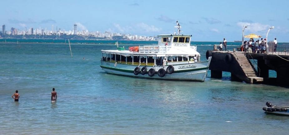 Travessias de ferry boat e lanchas têm movimento tranquilo neste sábado