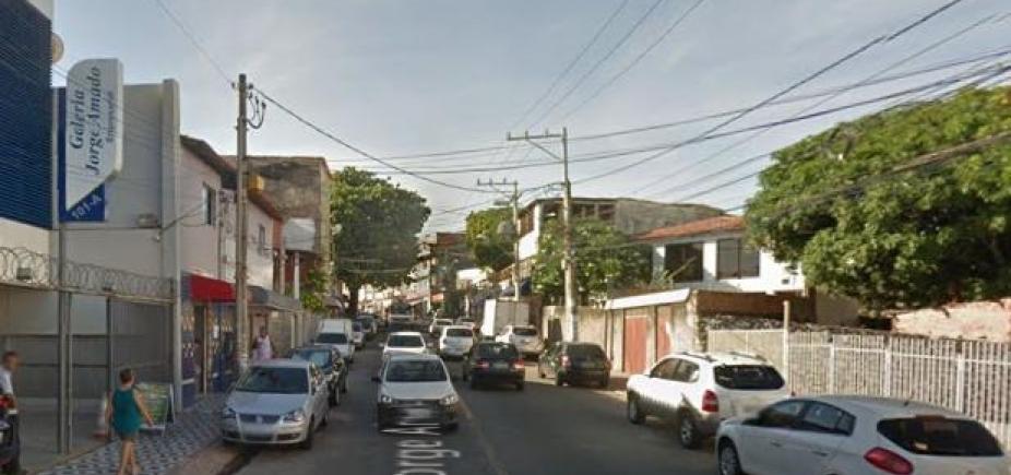 Jovem morre atropelada no bairro do Imbuí