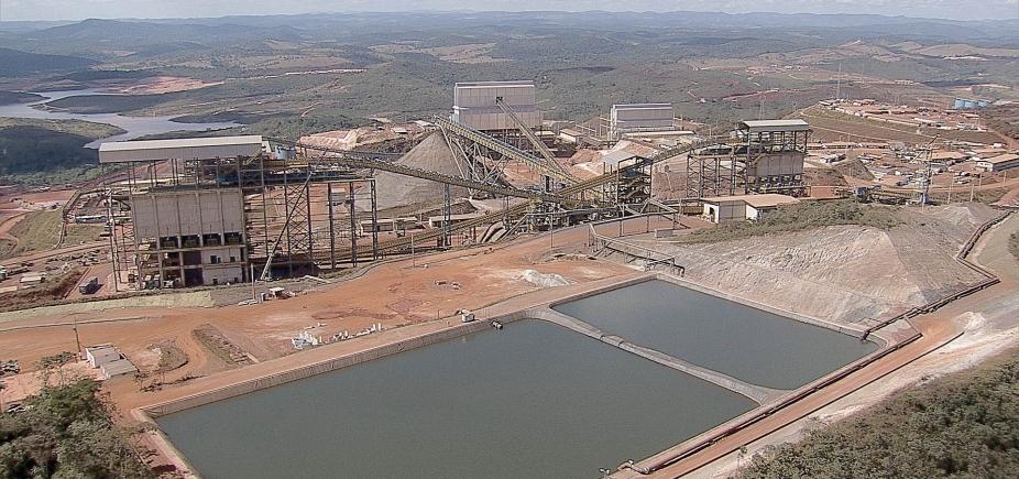 Vazamento despeja minério na manancial de Santo Antônio do Grama