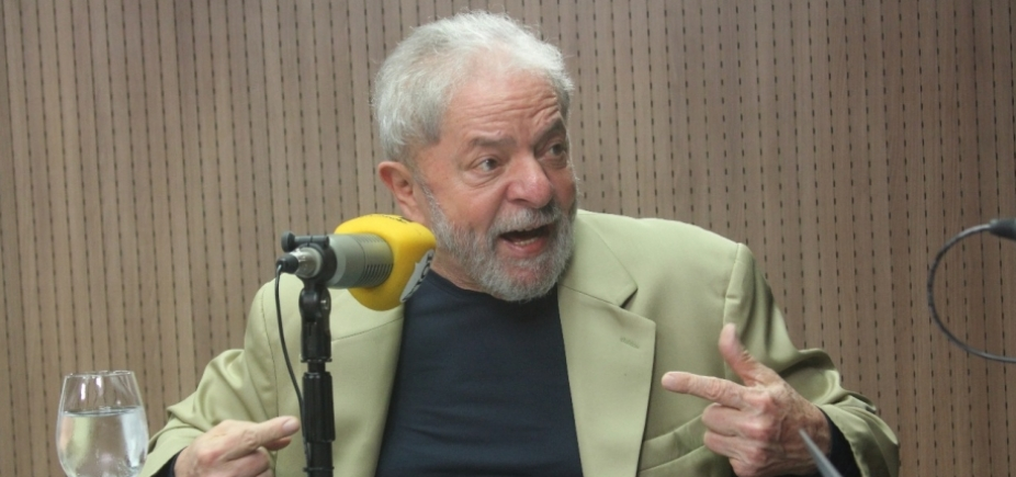 Lula acusa Globo e Aécio de transformar 2º mandato de Dilma em ʹdesastreʹ para PT e Brasil