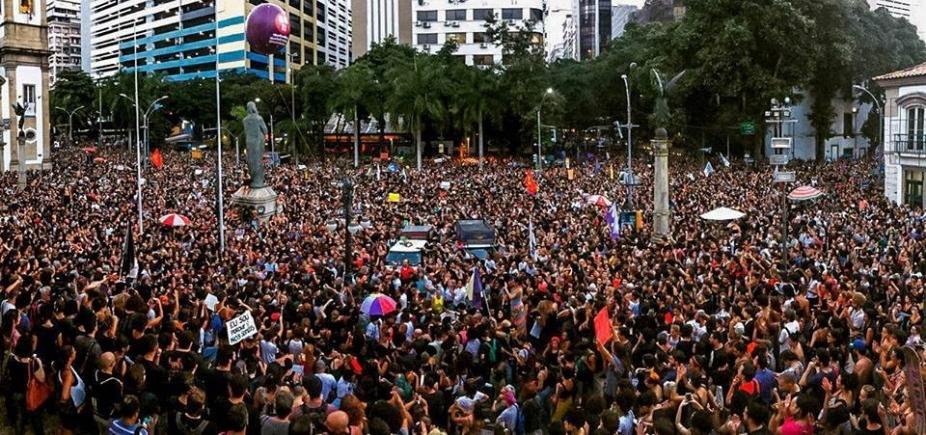 Manifestações tomam conta do país após morte de vereadora e motorista