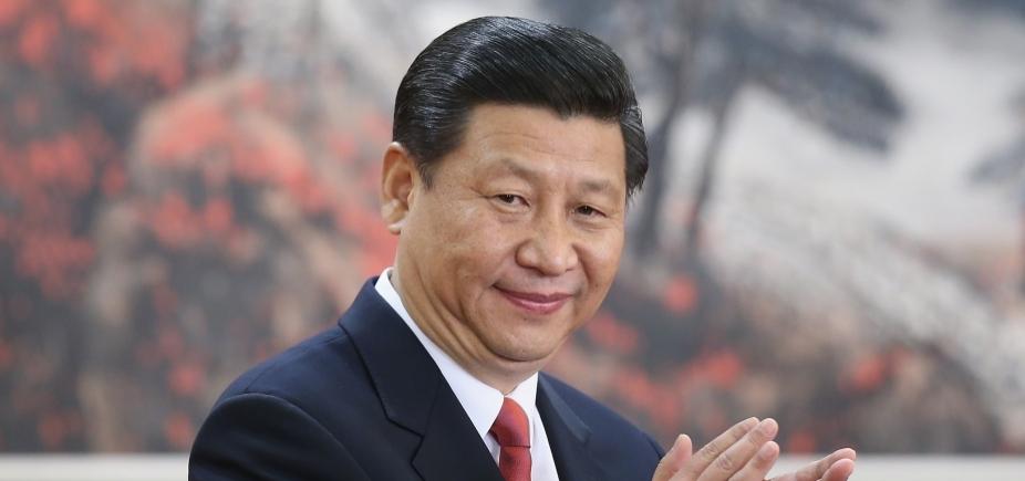 Xi Jinping é reeleito por unanimidade como presidente da China