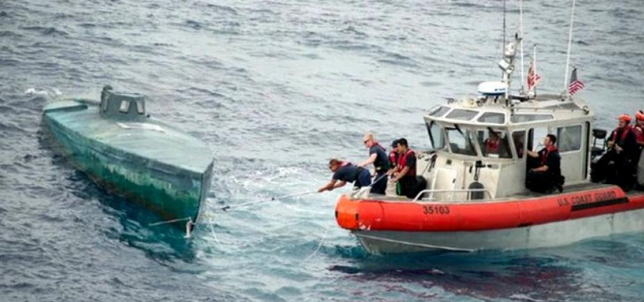 Guarda Costeira americana detém dois brasileiros