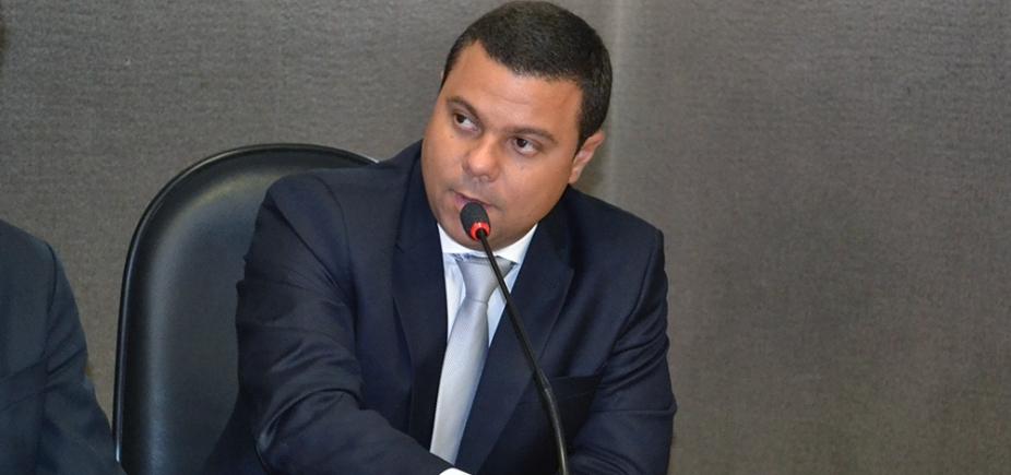 Luciano Simões Filho deixa MDB, mas continua na base de Neto