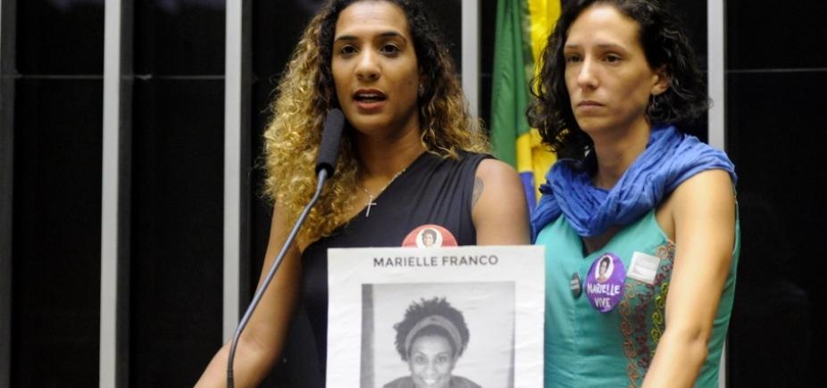 Viúva e irmã de Marielle Franco participam de sessão solene na Câmara