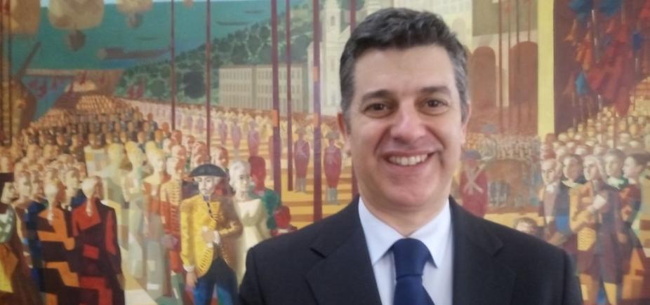 Ministro português comemora parceria do país com Brasil