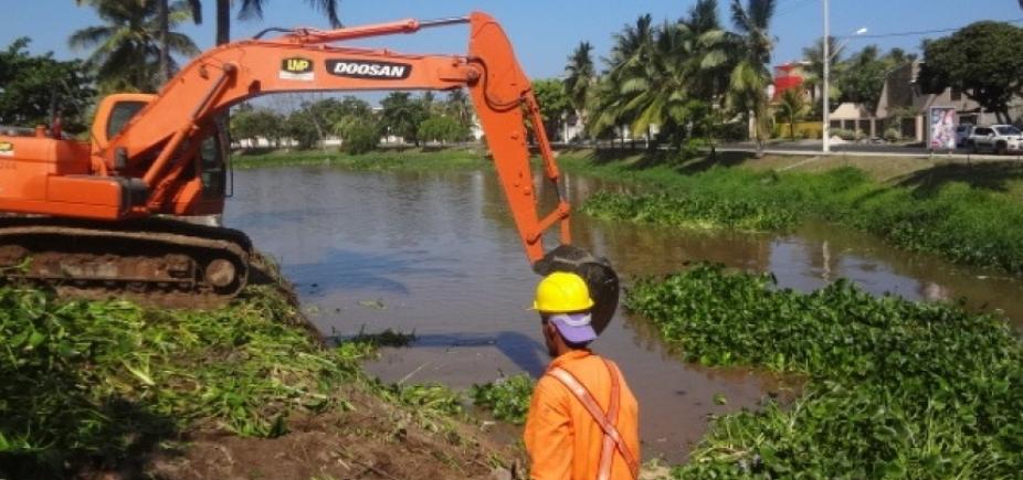 Após denúncia de ouvintes, prefeitura limpa Rio Sapato