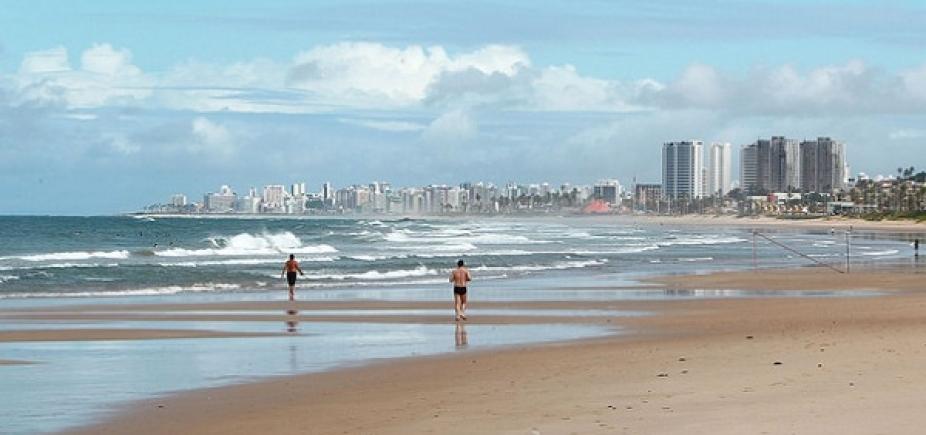 Inema aponta 14 praias impróprias para banho neste fim de semana; veja lista