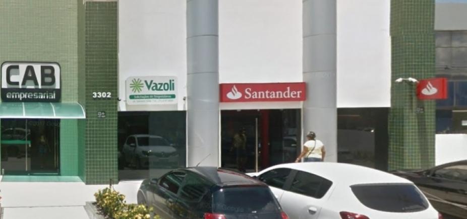 Bandidos explodem Santander próximo ao CAB