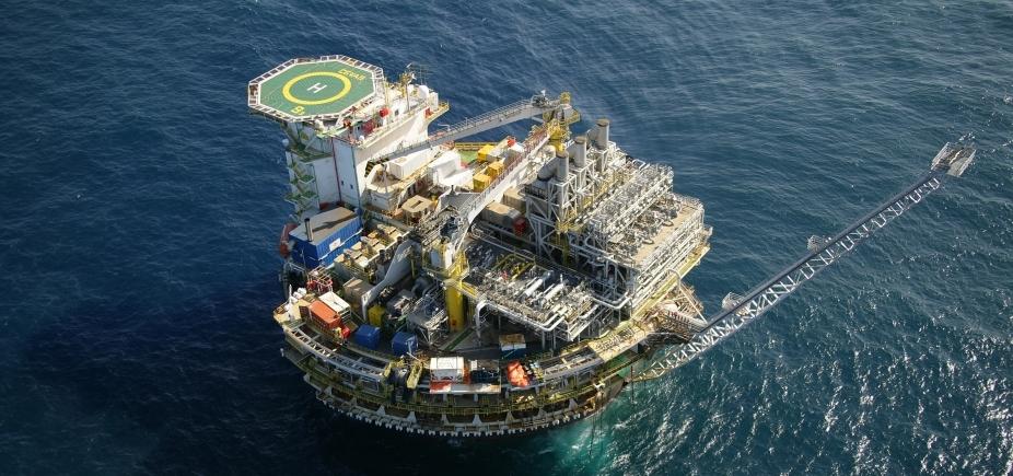 TCU suspende oferta de blocos mais valiosos de leilão de petróleo