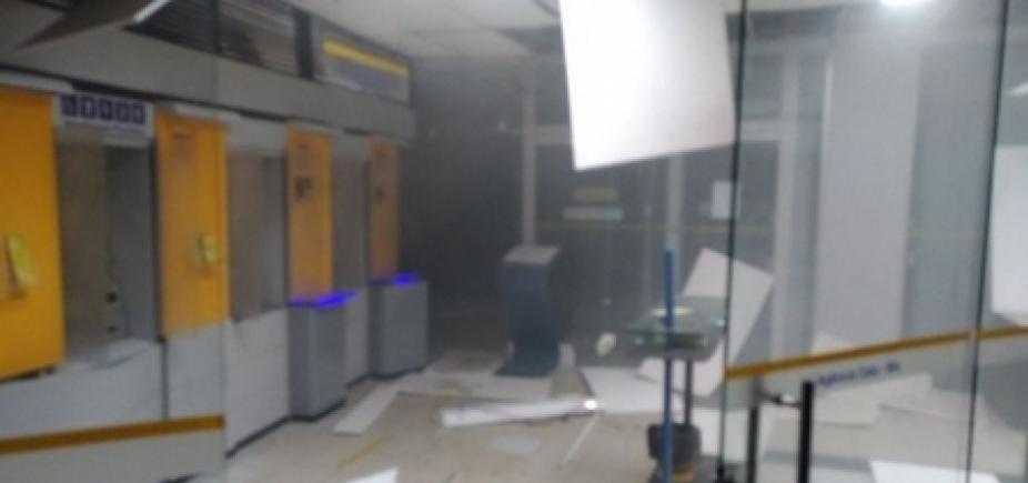 Quadrilha invade agências bancárias e aterroriza população em Catu