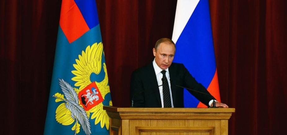 Rússia expulsa mais 50 diplomatas britânicos