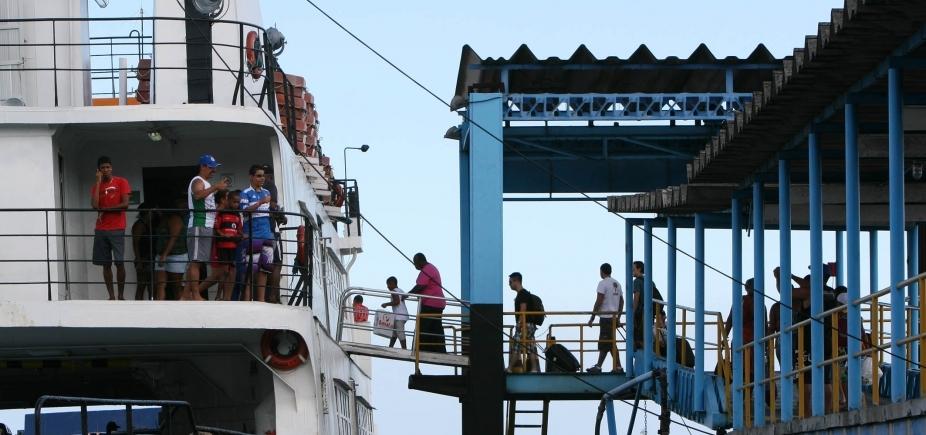 Volta para Salvador pelo ferry demora até 13h, dizem leitores
