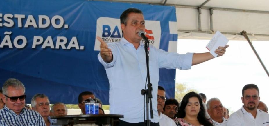 Rui inaugura escola e entrega estádio de futebol em São Gabriel