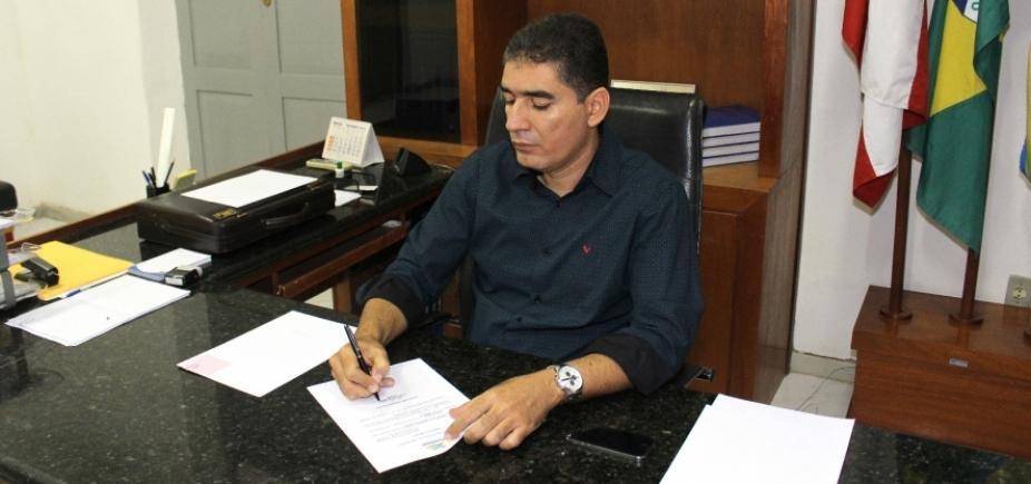 Justiça suspende cassação de prefeito de Jaguarari
