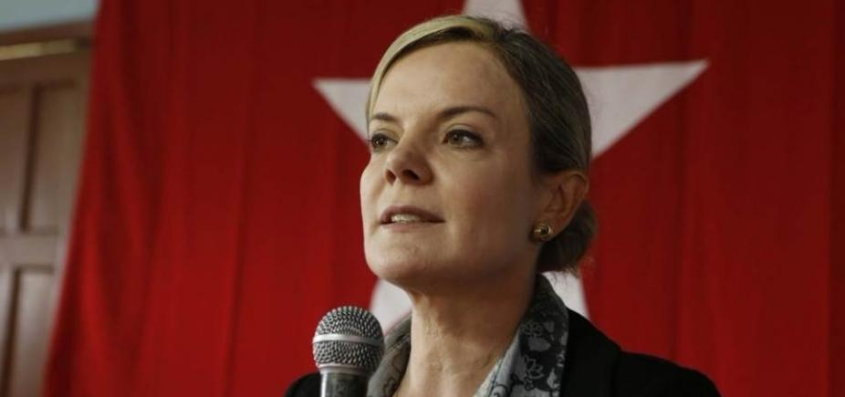 Globo incita golpe militar, acusa PT