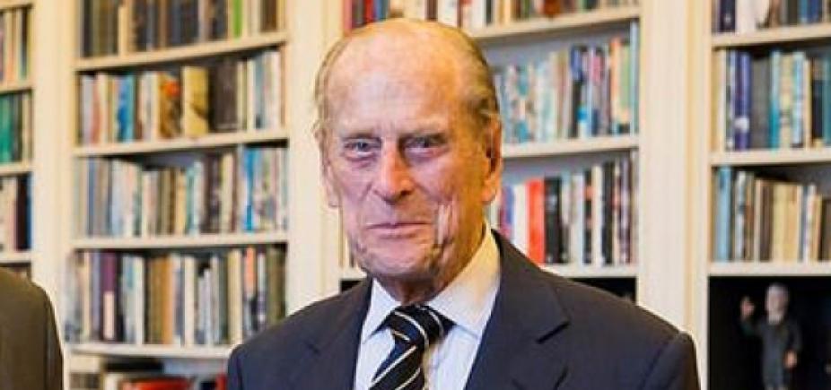 Cirurgia no quadril do príncipe Philip foi bem-sucedida