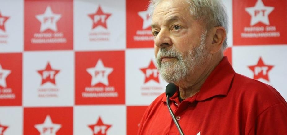 Lula admite a aliados que está fora das eleições