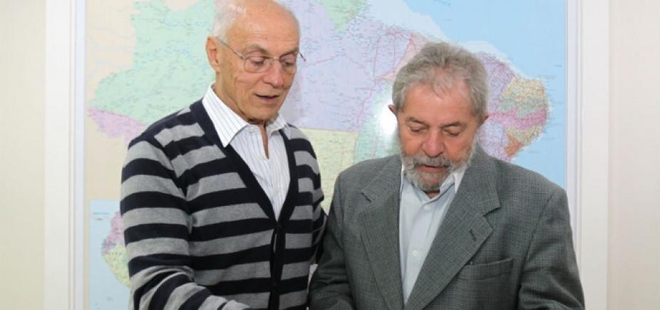 Suplicy quer ficar preso com Lula até fim do processo