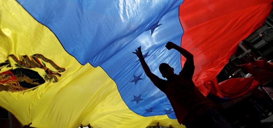 Panamá retira embaixador da Venezuela