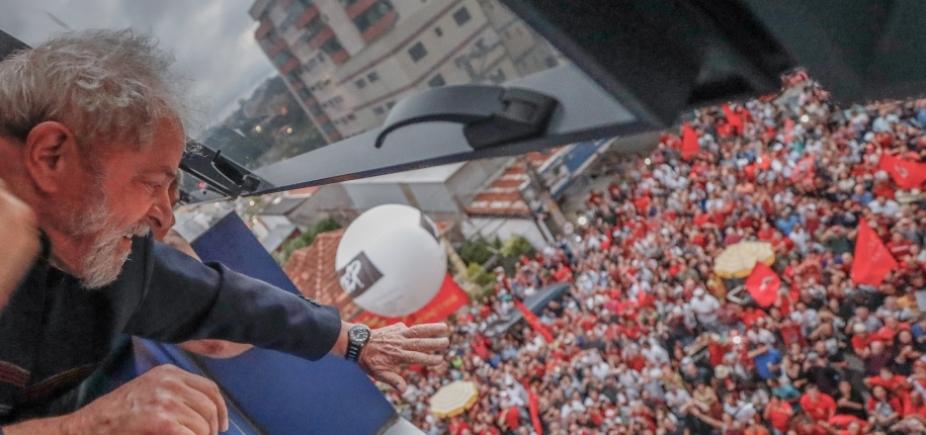 'Quem quiser se basear na opinião pública, largue a toga, escolha um partido e seja candidato', diz Lula