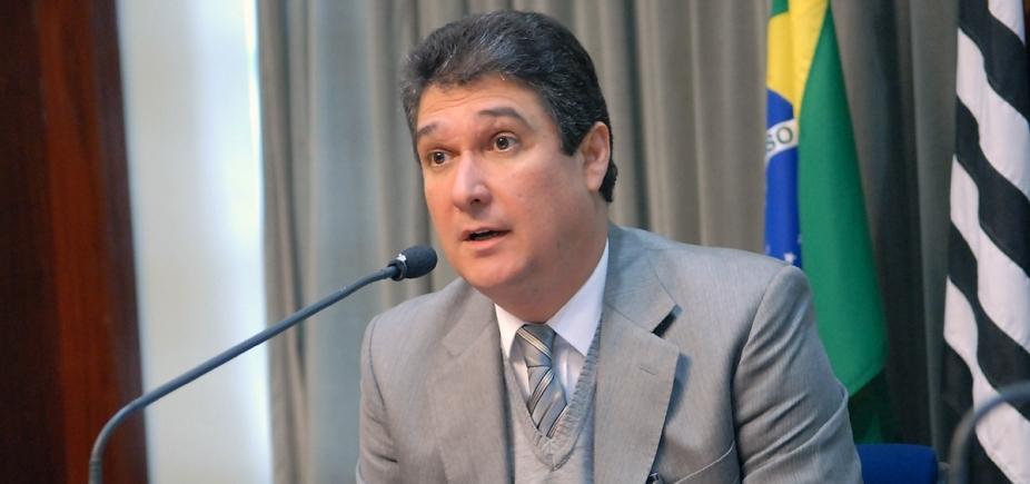 Desempregado, ex-secretário de Salvador avisa: 'Meu celular é o mesmo'